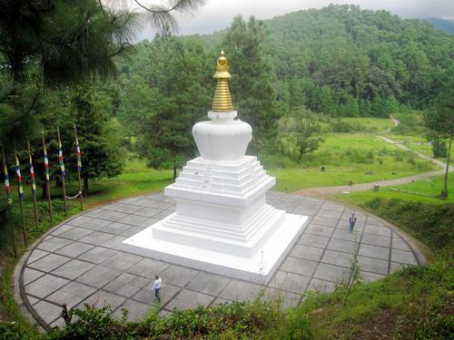 Valle de Bravo - La Gran Stupa Bon para la Paz Mundial
